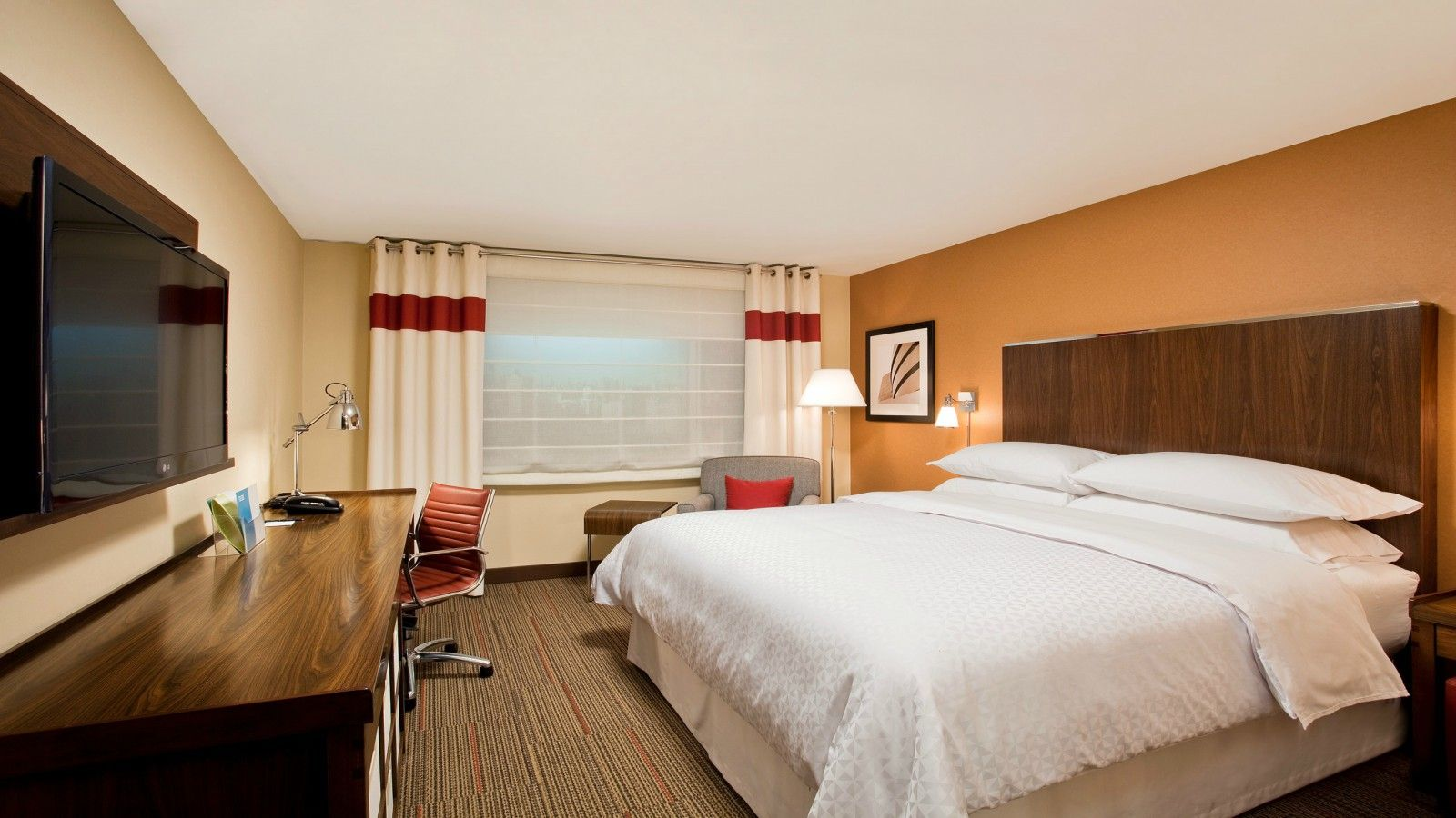 Dallas Accommodations - Traditional King Room
